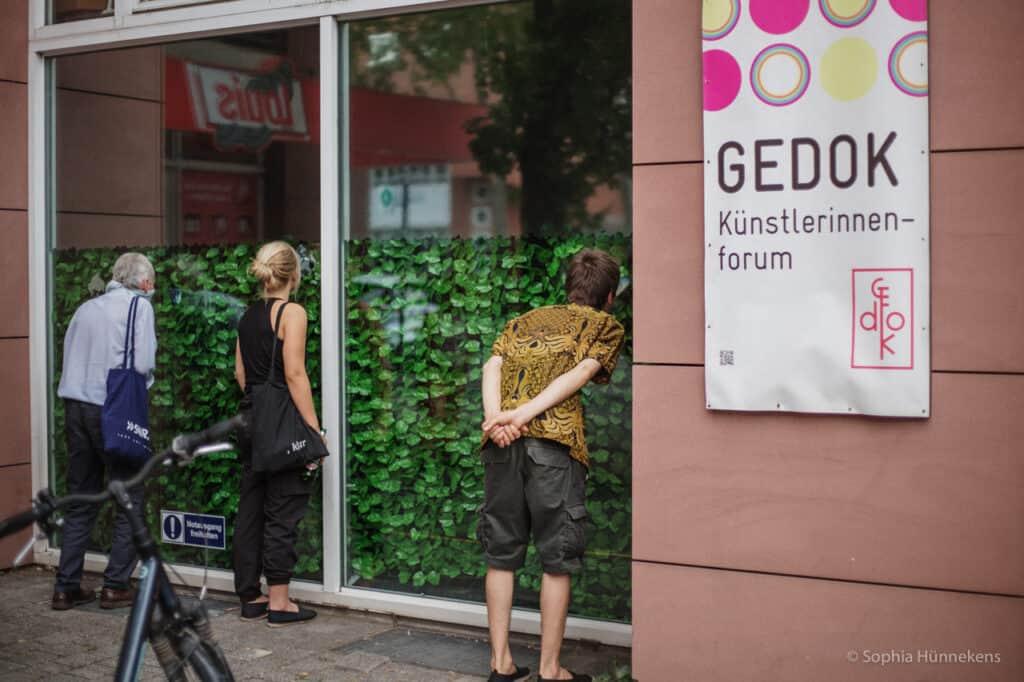 KUNST(P)ARTIKEL, GEDOK Karlsruhe, Foto: Ansicht von der Straße, Sophia Hünnekens